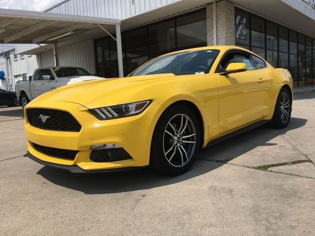 2017 Triple Yellow Tri-Coat Ford Mustang EcoBoost Premium EcoBoost 2.3L I4 GTDi DOHC Turbocharged VCT Engine Coupe Automatic