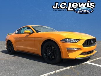 2018 Orange Fury Metallic Tri-Coat Ford Mustang EcoBoost 2 Door Coupe Automatic RWD EcoBoost 2.3L I4 GTDi DOHC Turbocharged VCT Engine