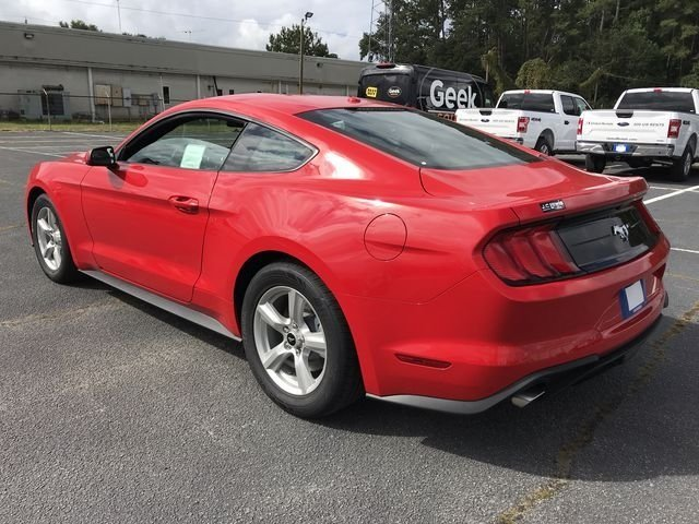 2019 Ford Mustang EcoBoost Coupe EcoBoost 2.3L I4 GTDi DOHC Turbocharged VCT Engine RWD Automatic