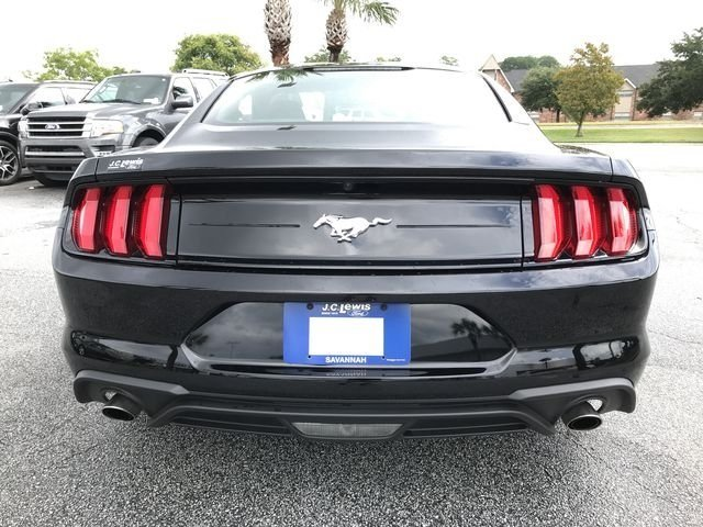 2018 Ford Mustang EcoBoost 2 Door Coupe RWD