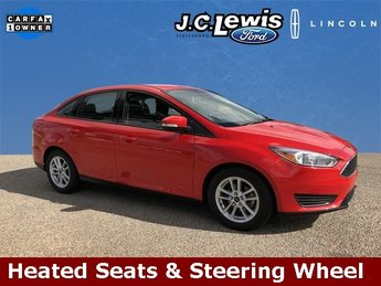 2015 Race Red Ford Focus SE Automatic 4 Door 2.0L 4-Cylinder DGI DOHC Engine FWD
