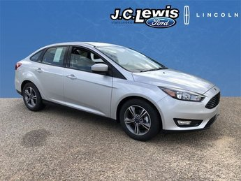 2018 Ingot Silver Metallic Ford Focus SE Automatic Sedan FWD I4 Engine 4 Door