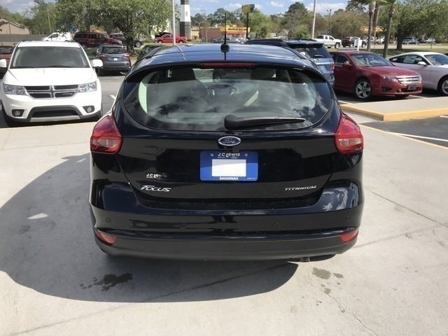 2018 Ford Focus Titanium FWD Hatchback Automatic 4 Door