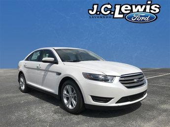 2018 White Platinum Clearcoat Metallic Ford Taurus SEL FWD 4 Door Sedan 3.5L V6 Ti-VCT Engine