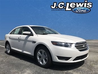 2018 White Platinum Clearcoat Metallic Ford Taurus SEL Automatic 3.5L V6 Ti-VCT Engine FWD 4 Door Sedan