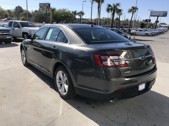 2018 Ford Taurus SEL 4 Door Automatic Sedan FWD
