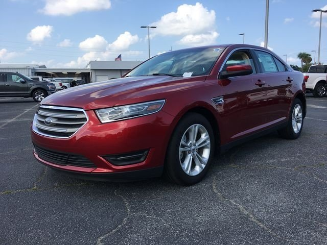 2018 Ruby Red Metallic Tinted Clearcoat Ford Taurus SEL FWD Automatic Sedan