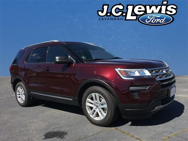 2018 Burgundy Velvet Metallic Tinted Clearcoat Ford Explorer XLT 4 Door FWD SUV