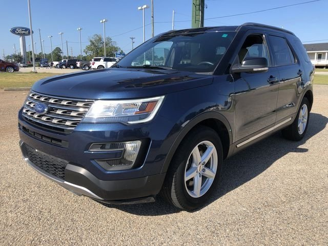 2016 Blue Jeans Metallic Ford Explorer XLT 3.5L 6-Cylinder SMPI DOHC Engine FWD Automatic 4 Door