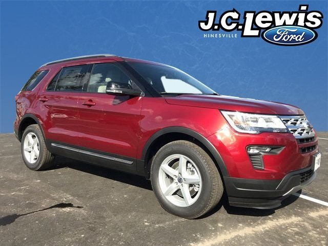 2018 Ruby Red Metallic Tinted Clearcoat Ford Explorer XLT SUV FWD Automatic