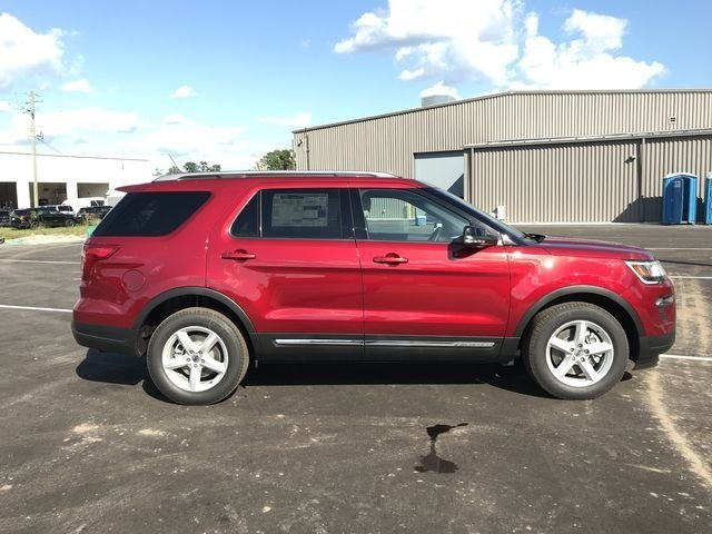 2018 Ruby Red Metallic Tinted Clearcoat Ford Explorer XLT 4 Door Automatic 3.5L V6 Ti-VCT Engine FWD