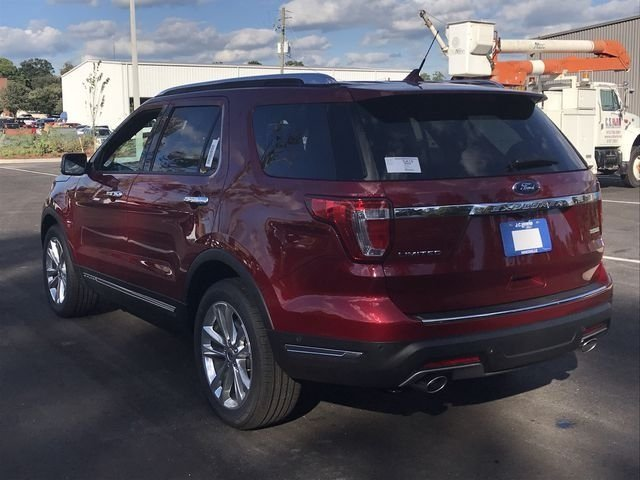 2018 Ruby Red Metallic Tinted Clearcoat Ford Explorer Limited Automatic SUV FWD