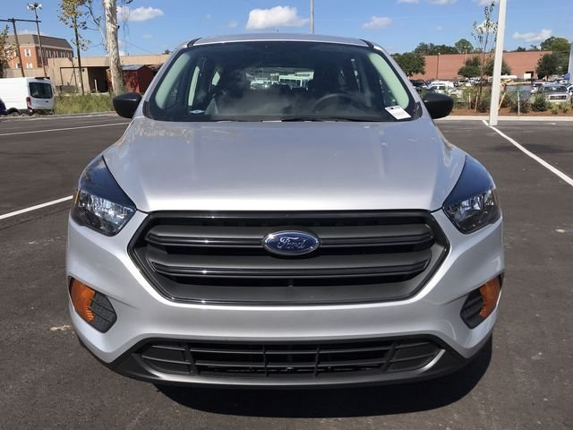 2018 Ingot Silver Metallic Ford Escape S 4 Door 2.5L iVCT Engine SUV FWD