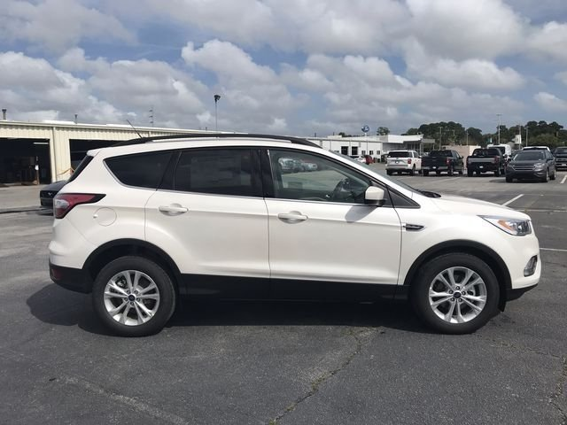 2018 White Platinum Clearcoat Metallic Ford Escape SEL 4 Door Automatic SUV EcoBoost 1.5L I4 GTDi DOHC Turbocharged VCT Engine FWD