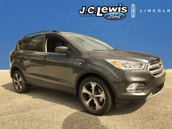 2018 Ford Escape SEL 4 Door SUV EcoBoost 1.5L I4 GTDi DOHC Turbocharged VCT Engine FWD Automatic