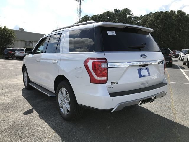 2018 White Metallic Ford Expedition XLT EcoBoost 3.5L V6 GTDi DOHC 24V Twin Turbocharged Engine RWD 4 Door