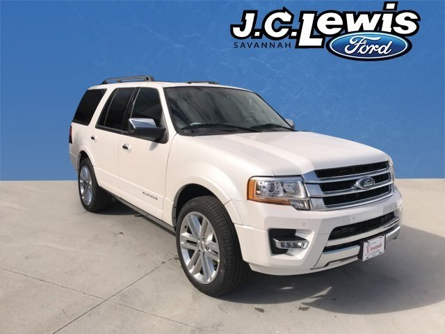 2017 White Platinum Metallic Tri-Coat Ford Expedition Platinum RWD EcoBoost 3.5L V6 GTDi DOHC 24V Twin Turbocharged Engine SUV Automatic 4 Door