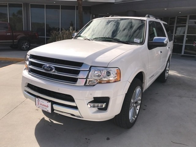 2017 White Platinum Metallic Tri-Coat Ford Expedition Platinum EcoBoost 3.5L V6 GTDi DOHC 24V Twin Turbocharged Engine 4 Door Automatic