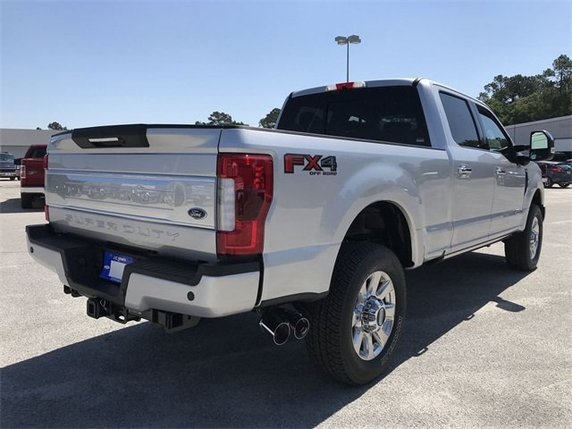 2018 Ford Super Duty F-250 SRW Platinum 4X4 Automatic Power Stroke 6.7L V8 DI 32V OHV Turbodiesel Engine Truck 4 Door