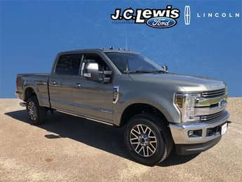 2019 Silver Spruce Ford Super Duty F-350 SRW Lariat Truck Automatic 4 Door