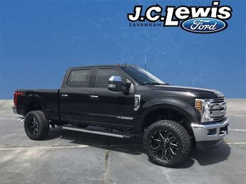 2019 Agate Black Ford Super Duty F-350 SRW Lariat Automatic Truck 4X4