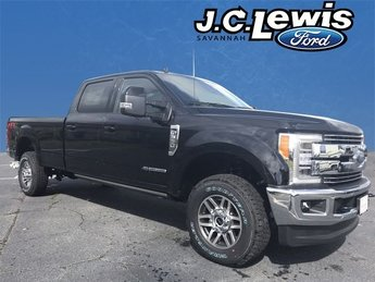 2019 Agate Black Ford Super Duty F-350 SRW Lariat Automatic Power Stroke 6.7L V8 DI 32V OHV Turbodiesel Engine 4X4 Truck