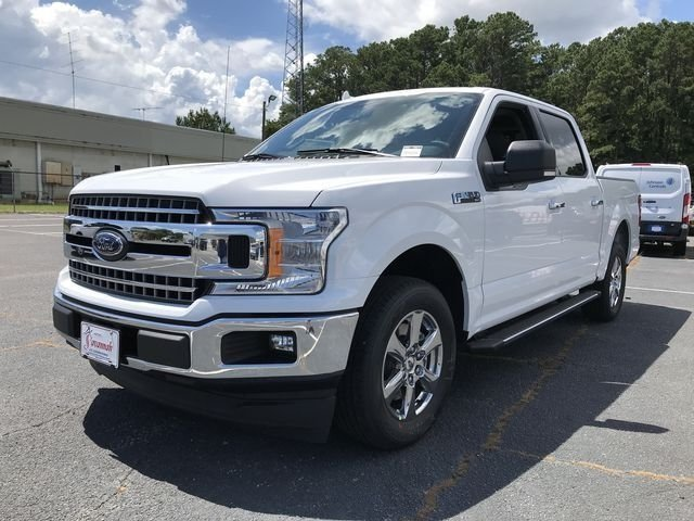 2018 Oxford White Ford F-150 XLT RWD EcoBoost 2.7L V6 GTDi DOHC 24V Twin Turbocharged Engine 4 Door Truck