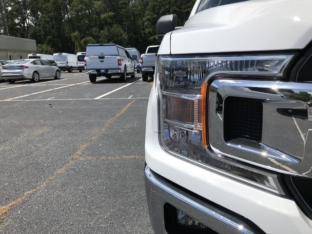 2018 Oxford White Ford F-150 XLT 4 Door RWD EcoBoost 2.7L V6 GTDi DOHC 24V Twin Turbocharged Engine Automatic