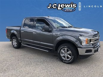 2018 Magnetic Metallic Ford F-150 XLT 4X4 Automatic 4 Door