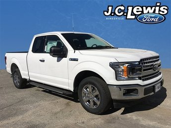 2018 Oxford White Ford F-150 XLT Automatic 4 Door RWD 5.0L V8 Ti-VCT Engine Truck