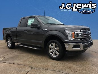 2018 Magnetic Metallic Ford F-150 XLT Automatic RWD Truck 4 Door