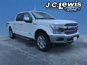 2018 White Platinum Metallic Tri-Coat Ford F-150 Lariat Automatic 3.0L Diesel Turbocharged Engine Truck 4X4 4 Door