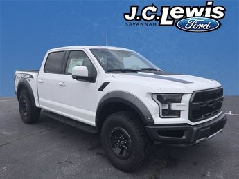 2018 Oxford White Ford F-150 Raptor 4 Door Truck EcoBoost 3.5L V6 GTDi DOHC 24V Twin Turbocharged Engine Automatic
