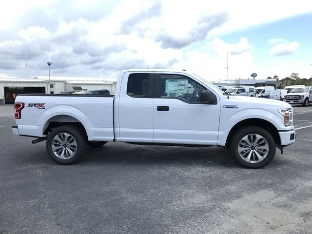 2018 Oxford White Ford F-150 XL Automatic 4X4 5.0L V8 Ti-VCT Engine