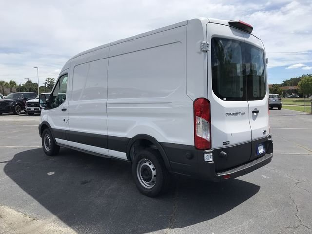 2018 Oxford White Ford Transit-250 Base 3 Door Van RWD Automatic