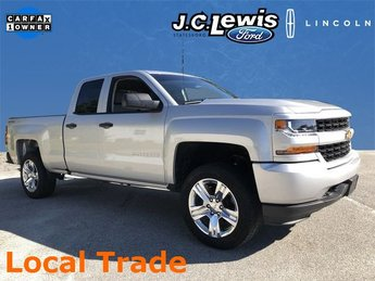 2017 Silver Ice Metallic Chevy Silverado 1500 Custom 4 Door 4X4 Truck