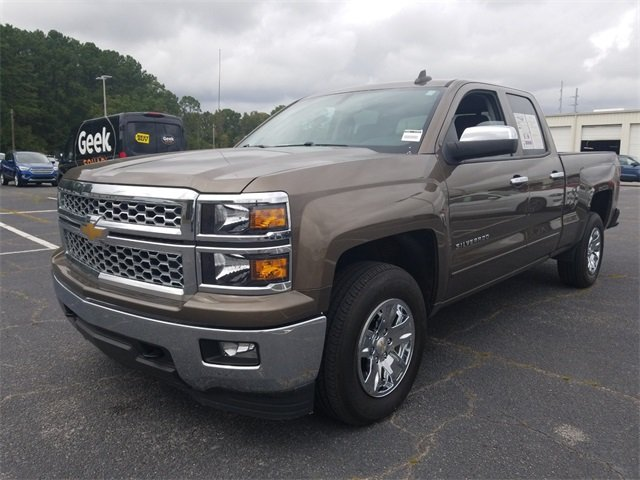 2015 Chevy Silverado 1500 LT Truck V8 Engine 4 Door 4X4 Automatic