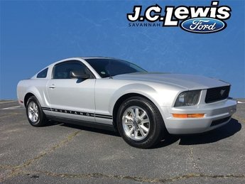 2007 Ford Mustang V6 Premium 2 Door 4.0L V6 SOHC Engine Automatic Coupe RWD