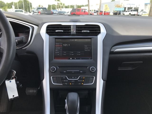 2016 Ford Fusion SE 4 Door Automatic Sedan 2.5L iVCT Engine FWD