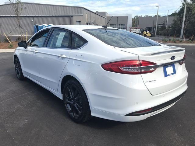 2018 Ford Fusion SE FWD 4 Door I4 Engine
