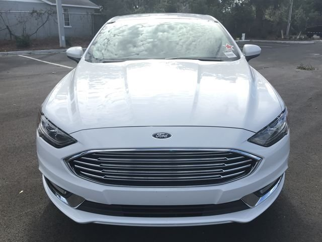 2018 Oxford White Ford Fusion SE Sedan Automatic I4 Engine FWD 4 Door