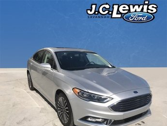 2017 Ingot Silver Ford Fusion SE EcoBoost 2.0L I4 GTDi DOHC Turbocharged VCT Engine Automatic 4 Door FWD Sedan