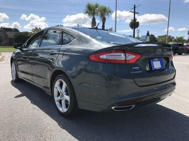 2016 Guard Ford Fusion SE Automatic 4 Door EcoBoost 2.0L I4 GTDi DOHC Turbocharged VCT Engine Sedan FWD