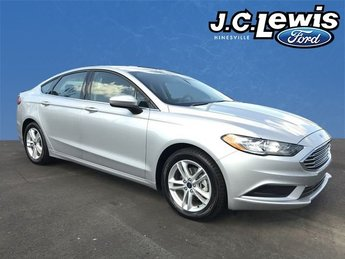2018 Ingot Silver Metallic Ford Fusion SE 4 Door Sedan EcoBoost 1.5L I4 GTDi DOHC Turbocharged VCT Engine
