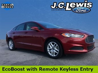 2015 Ruby Red Tinted Clearcoat Ford Fusion SE Sedan EcoBoost 1.5L I4 GTDi DOHC Turbocharged VCT Engine Automatic