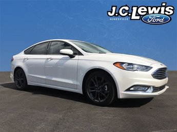 2018 Ford Fusion SE Sedan 4 Door FWD Automatic