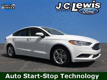 2018 Oxford White Ford Fusion SE FWD Automatic EcoBoost 1.5L I4 GTDi DOHC Turbocharged VCT Engine Sedan 4 Door