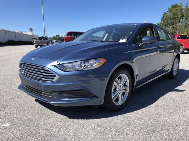 2018 Blue Metallic Ford Fusion SE Sedan EcoBoost 1.5L I4 GTDi DOHC Turbocharged VCT Engine FWD 4 Door Automatic