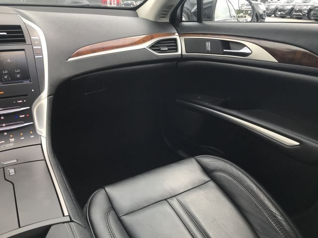 2015 Tuxedo Black Metallic Lincoln MKZ Hybrid FWD 2.0L I4 Atkinson-Cycle iVCT Engine Sedan Automatic (CVT)