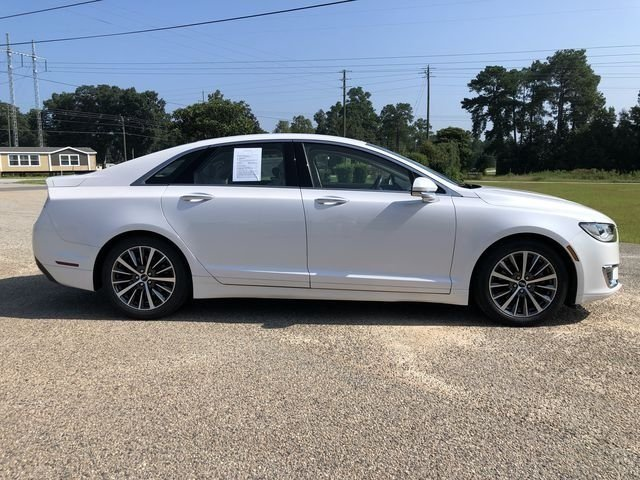 2017 White Platinum Metallic Tri-Coat Lincoln MKZ Premiere Sedan 2.0L GTDi Engine 4 Door Automatic FWD